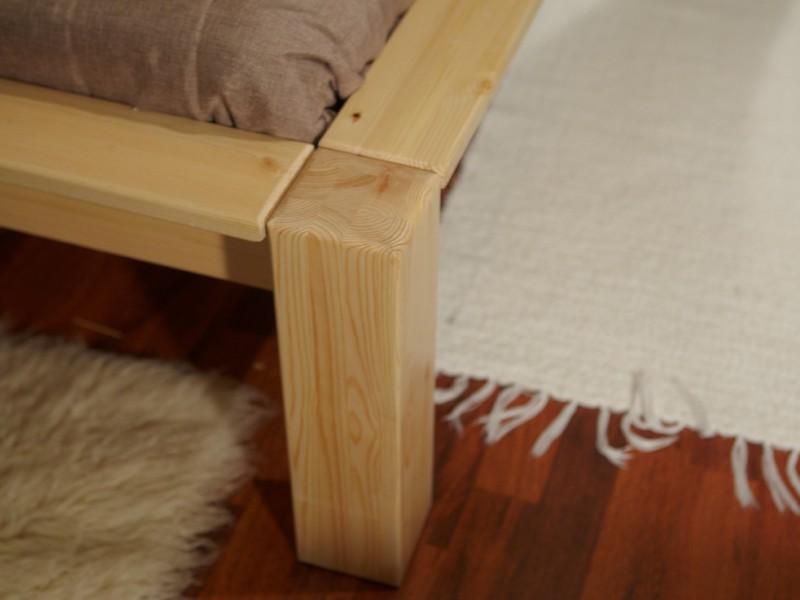 Ножки из дерева для кровати
